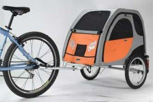 Bike-Trailers-For-Dogs---How-to-Train-Your-Dog-to-Use-One